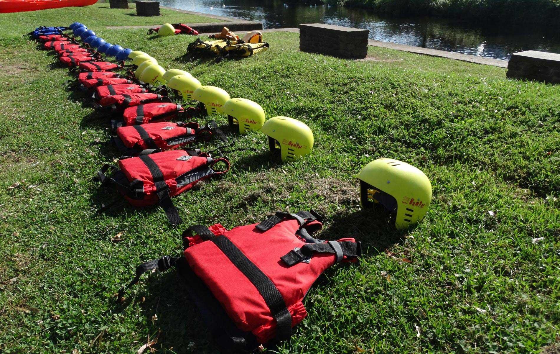 Water & adventure activities at specialist summer camp in UK