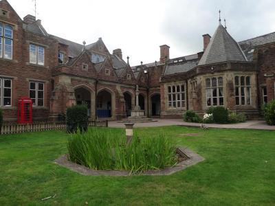 Monmouth School