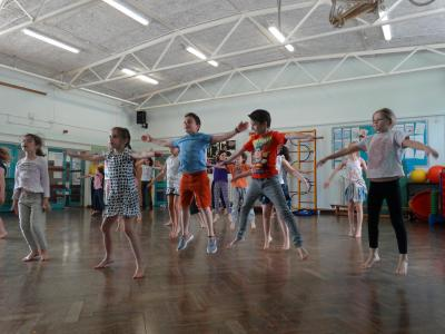 children having fun in dance workshop at north london day camp Mini Minors and UK day