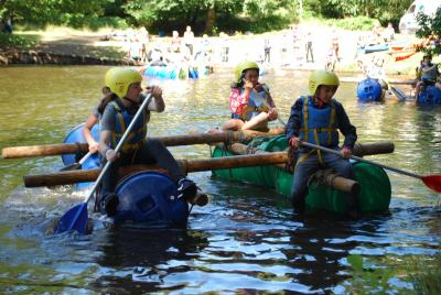 english summer camp raft racing