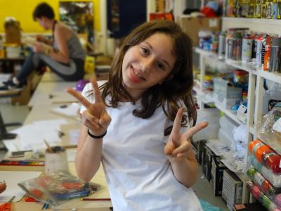 art activities at uk summer school england teenagers kids