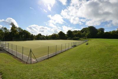 outstanding sports facilities at uk summer camp for kids teens london