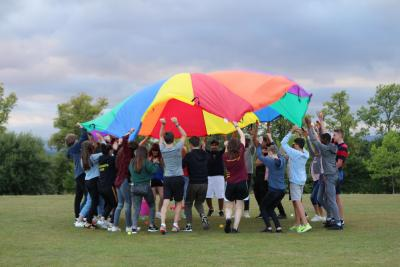 parachute games teenagers top british summer camp