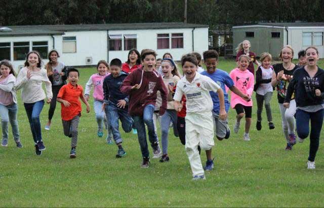 Campi estivi in Inghilterra per ragazzi, con corsi di inglese