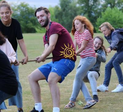 temporary summer jobs for students uk summer camps
